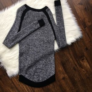 Lululemon Passage Sweater Long Wool Size 4